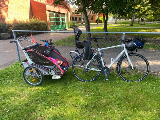 Vet inte hur många mil jag kört med denna uppsättning, men det är många. Cykelstor och Charitot.