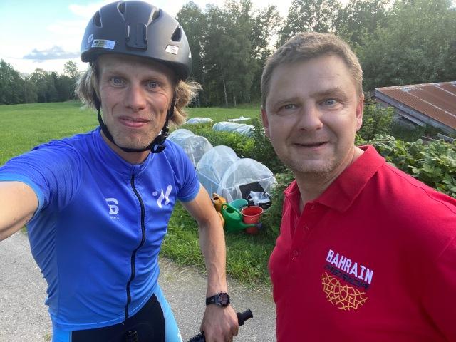 Jag överraskningsbesökte min gamla skidgymnasietränare Micael Elmblad, som bor typ i Gynnås utanför Gnosjö. Kärt återseende och det kändes ömsesidigt.