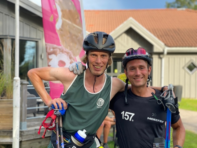 Marcus Johansson och jag vid Lassalyckan i Ulricehamn efter avslutat rullskidpass