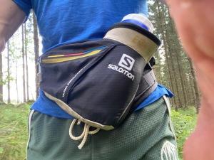 Flaskbälte. Så mycket bättre än vätskeryggsäckar för löpning när man inte behöver bära med sig en massa saker.