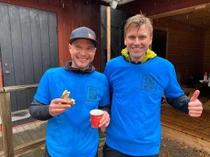 Mattias Carlsson och Linus Wirén med funktionärer fixade en bra tävling
