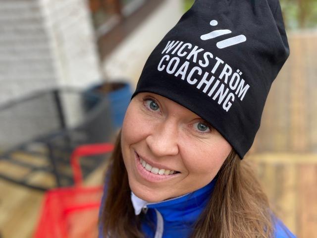 Wickström Coaching-mössa svart. Modellen (på mössan alltså) heter Manne.