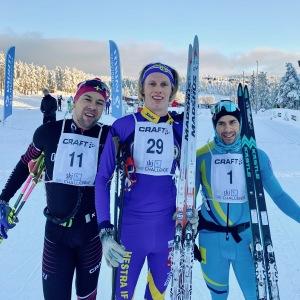 Adam Steen (6:a), jag och segraren Bob Impola som kör på skidor från Kästle.