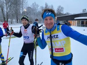 Johan Österlund, adept som inte åkt skidor så länge, sopa till Oscar Bergenholtz som normalt är en led 1-åkare.
