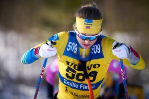 Har Team Kotengs starka kort Emilie Fleten en gömd liten vattenflaska innanför nummerlappen? Foto: Magnus Östh