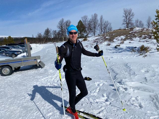 Robert Stark är skidåkare och ICA-handlare i Lofsdalen