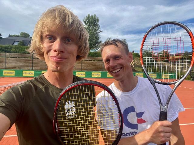 Tennis på grus i Sandared med Martin Josefsson