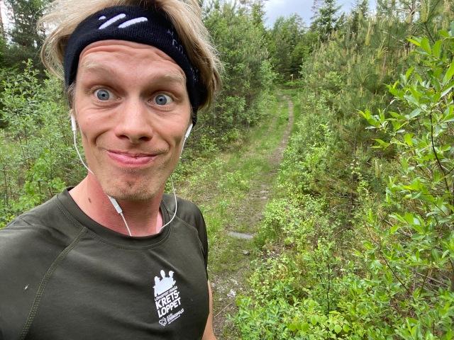 Löpning på Sjömarkens 14 km-spår vid Ekås nära Elfsborgsstugan